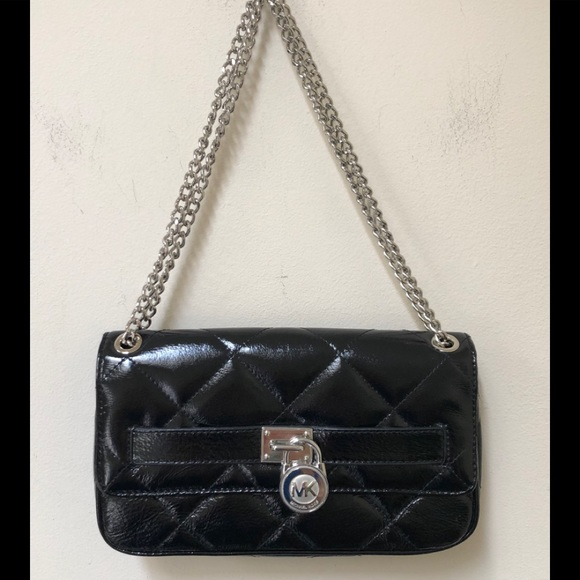 Michael Kors Handbags - Michael Kors Quilted Chain & Lock Bag